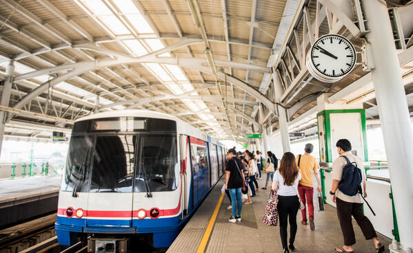 Returning to work on public transport