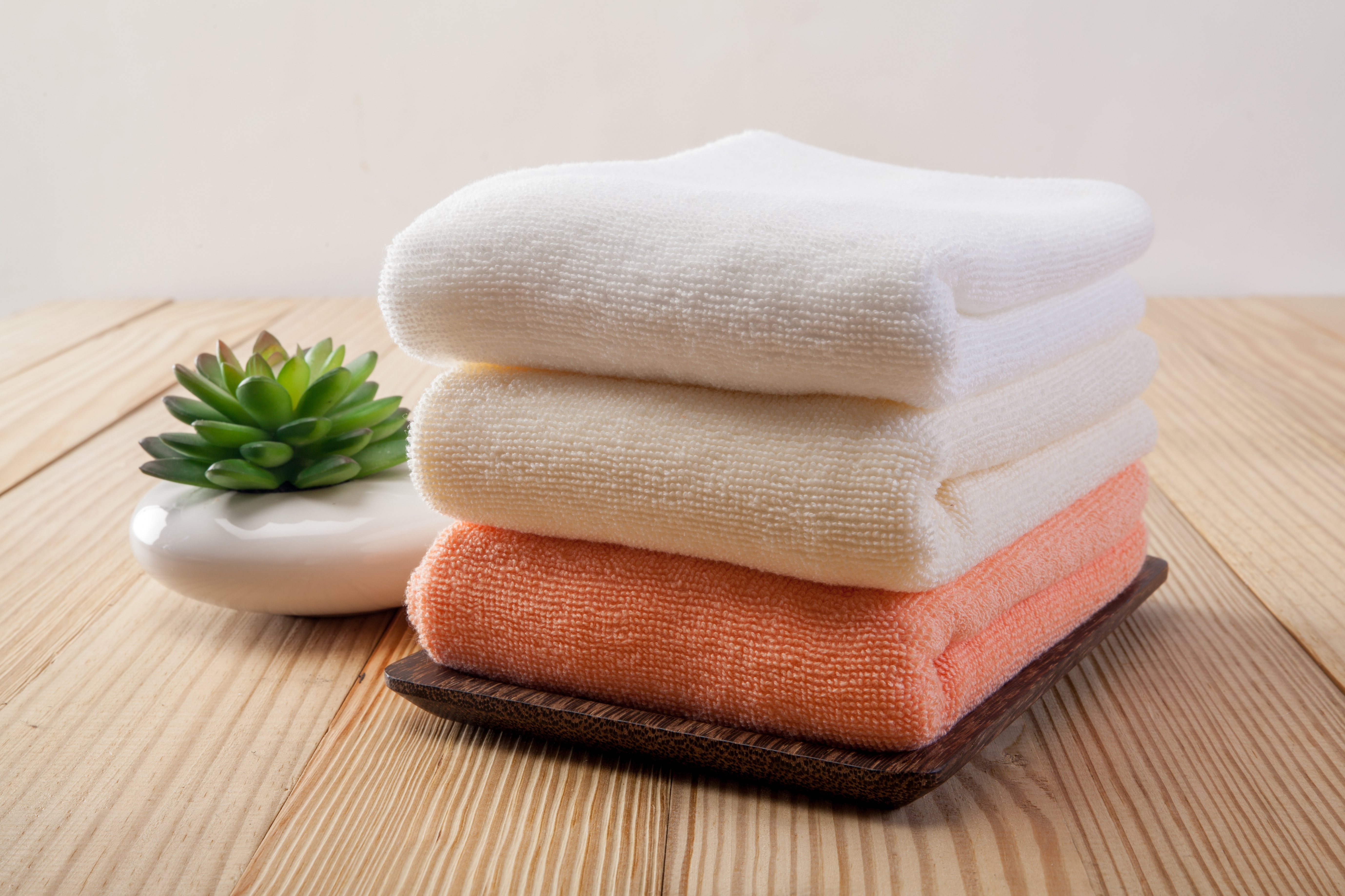 Why Commercial Businesses Need To Start Outsourcing Their Laundry Services