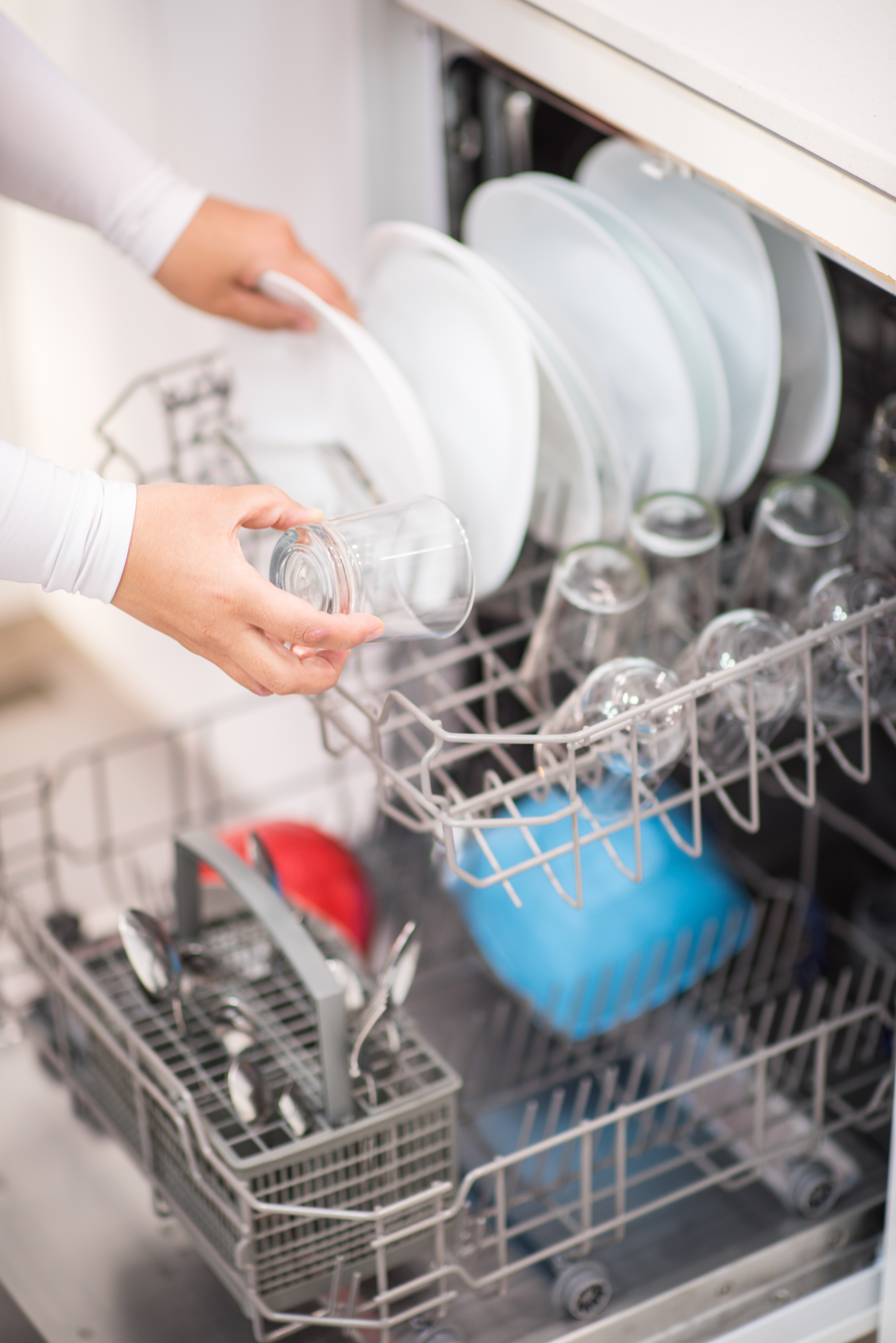 How To Keep Your Financial Office Dishwasher Eco-Friendly And Efficient